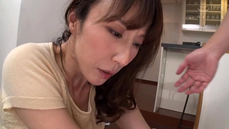 人妻追撃スプラッシュ 奥さんの水漏れ修理ヤります 澤村レイコ