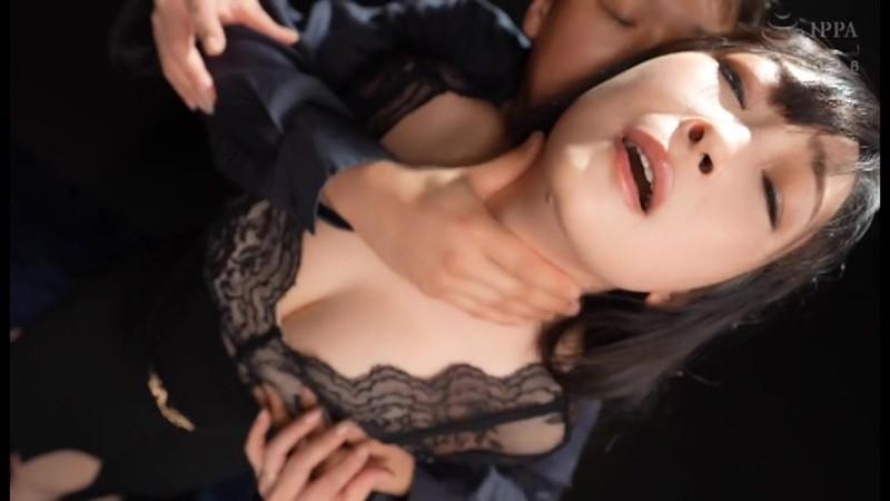 母乳マゾ 母乳噴射絶頂イキ狂い 成澤ひなみ キャプチャー画像 1枚目