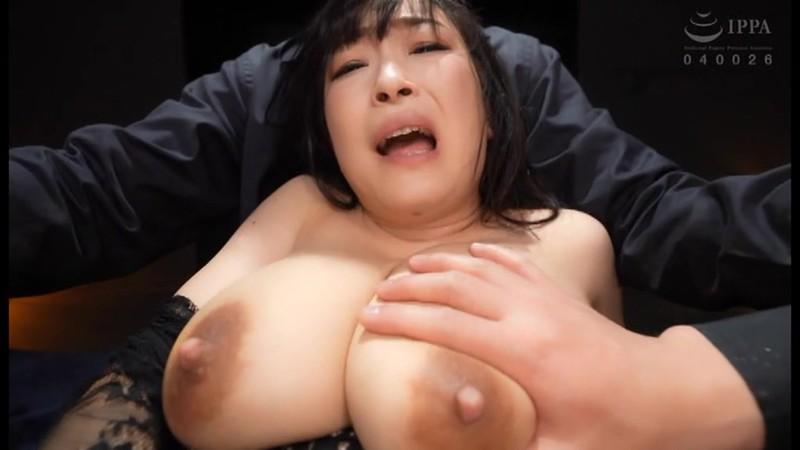 母乳マゾ 母乳噴射絶頂イキ狂い 成澤ひなみ キャプチャー画像 2枚目