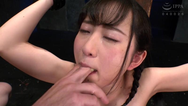 制服少女 イラマチオ飼育 神野ひな 7枚目