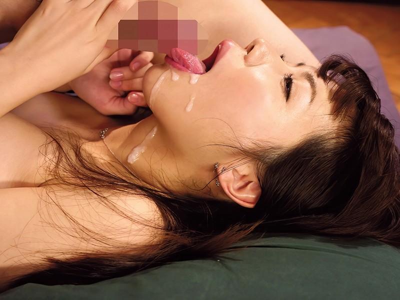 射精直後チ○ポを責めまくり強制勃起させる絶倫美女との2回戦おかわり性交 の画像20
