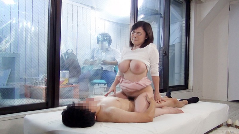 【童貞】巨乳の素人JDの、セックス寝取られ中出し無料H動画。【素人、JD動画】