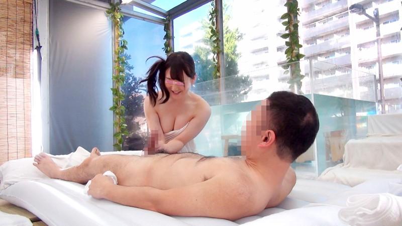 【素人 セックス】スレンダーなエロい美乳の素人OLのセックス羞恥プレイが、混浴温泉にて…。