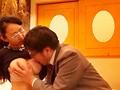 一般男女モニタリングAV 性のお悩み相談室出張特別編!旦那では満足できない絶倫巨乳妻が生まれて初めての逆ナンパ体験!童貞○校生をラブホテルに連れ込み2人っきりで1発10万円の抜かずの連続射精筆おろしに挑戦! 3 旦那のフニャチンとは違う男子○校生の爆発寸前フル…