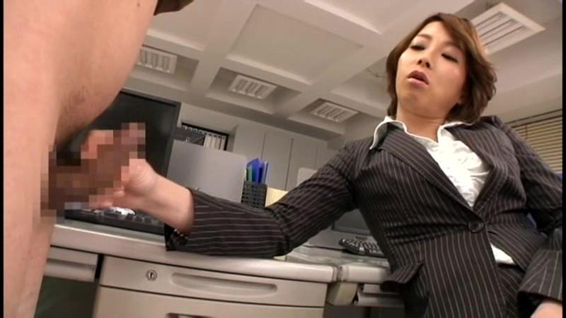 高飛車な高身長の女社長が部下たちを犯しまくりたい! 仲丘たまき 画像12