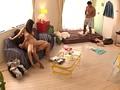 ヤリ部屋。 ひっきりなしに男が訪れるマンションの一室を終日覗き見る。 赤井美月-エロ画像-8枚目