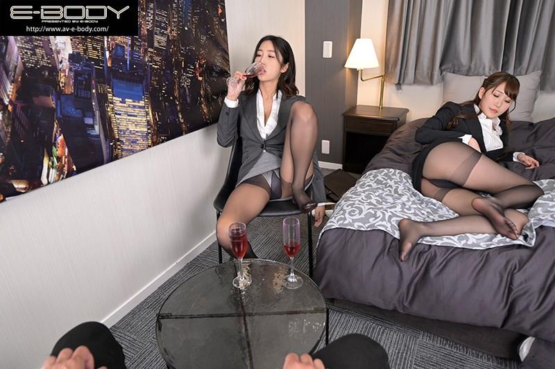 【VR】スタイル抜群!憧れ女上司たちと出張先で相部屋飲み!酔っ払い性欲モンスター化したW痴女の巨乳サ...