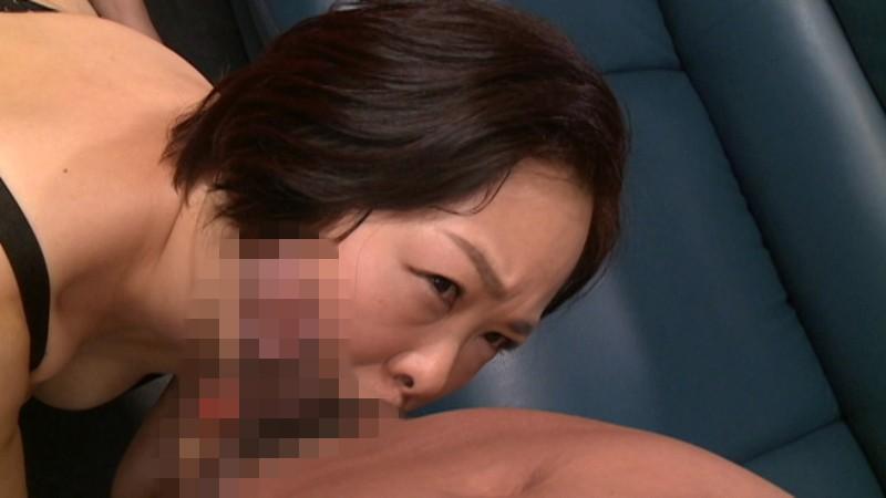 ウブすぎる四十路妻AVデビュー 仁科明子 2枚目