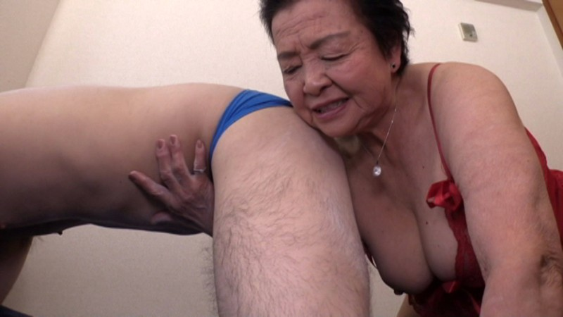 81歳のAV女優 小笠原祐子 3枚目
