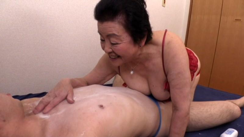 81歳のAV女優 小笠原祐子 4枚目