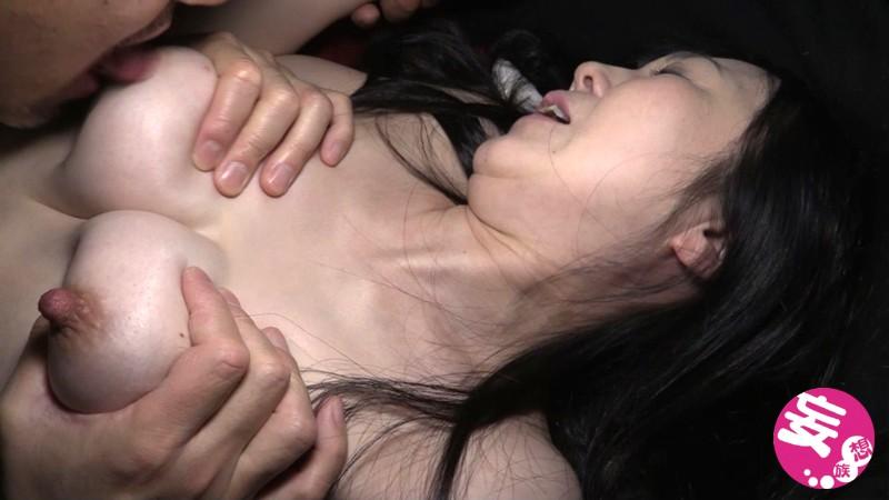 [閲覧注意]輪●レ●プ映像 残酷!泣き叫びながら犯●れ続け壊れていく40代の美人主婦 咲本はるか 画像3