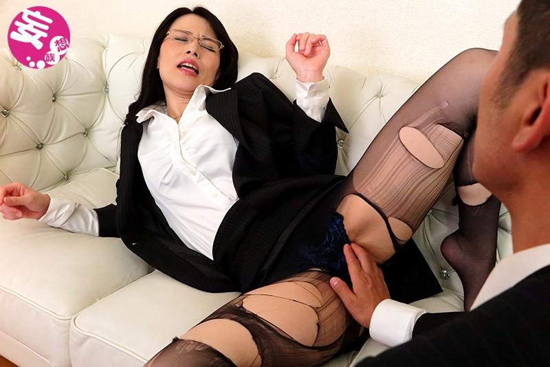 井上綾子といふ女…真実 今、1人の女の本性を抉り出す瞬間が来た!「女優の素顔丸裸」完全密着ドキュメント 6枚目