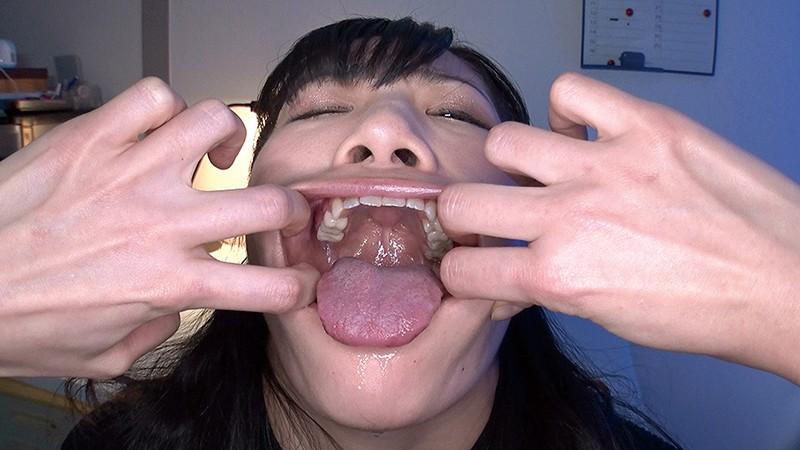 超大量痰唾責め唾液うがい飲み顔面ぬるぬるレズ