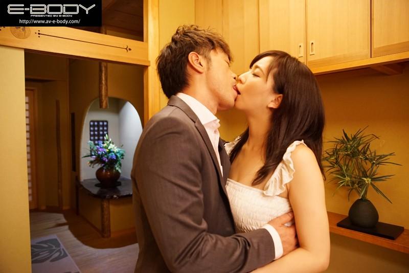 浮気妻 私、あなたの上司に抱かれました…。 鈴木真夕 キャプチャー画像 1枚目