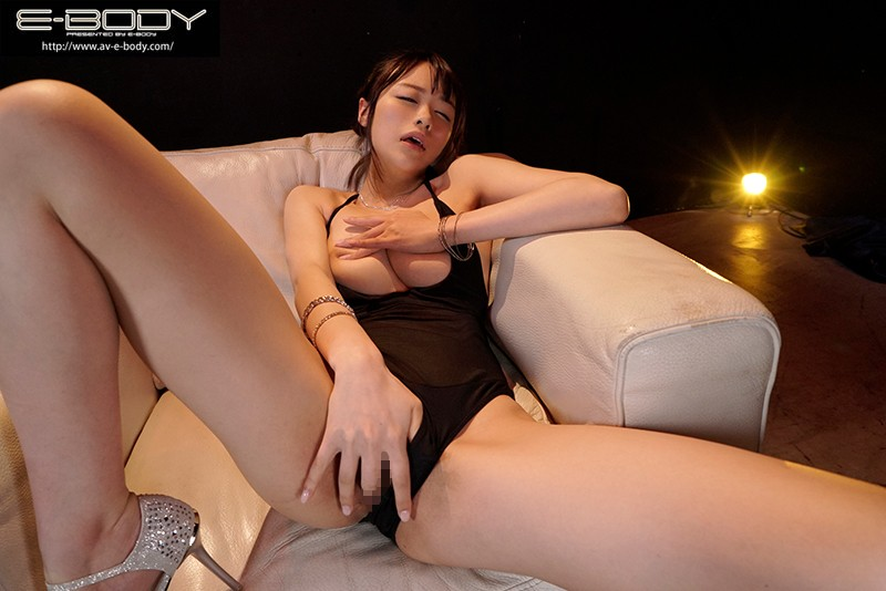 これぞ本当のパーフェクト女体!!長身168cmくびれ巨乳ボディ現役プロダンサー E-BODY専属デビュー みおりさん