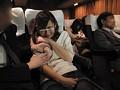 出張帰りの寝静まった夜行バスで揺れに逆らえず隣りで寝ているカワイイ部下の巨乳に密着!何度も巨乳に密着していると中出しも受け入れてしまう発情娘に豹変!