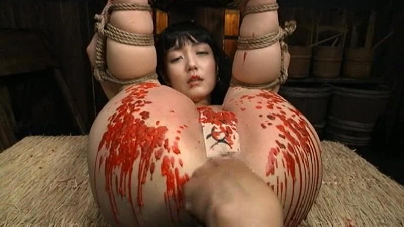 縄・女囚拷問 菊門被…