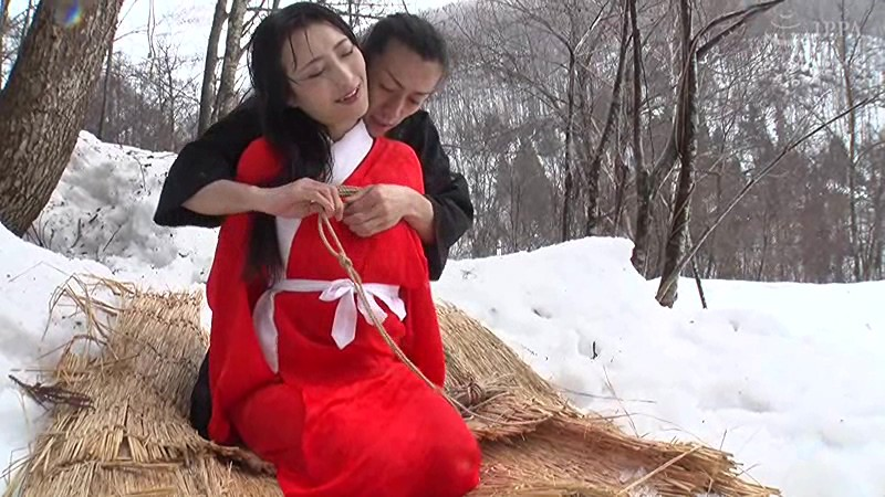 雪中拷問 神納花 1枚目