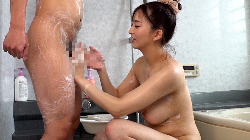 爆乳ムッチムチパーソナルトレーナーのお姉さん 鈴木真夕4