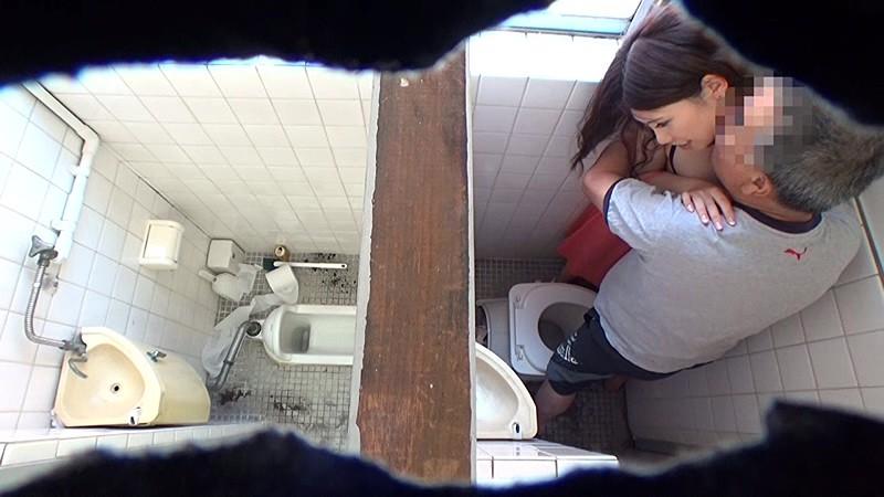 Качком красивый скрытая камера девушки дома мастурбируют видео