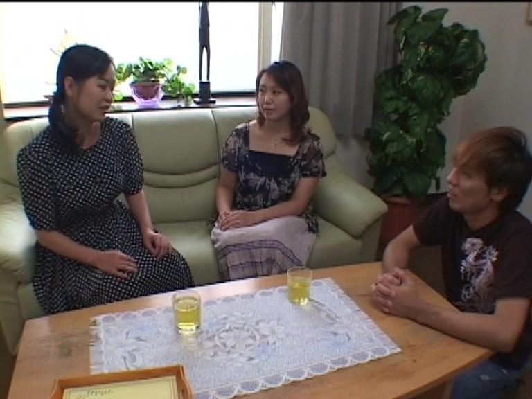 お婆ちゃんの童貞狩り 染谷三重子・秋野夕日