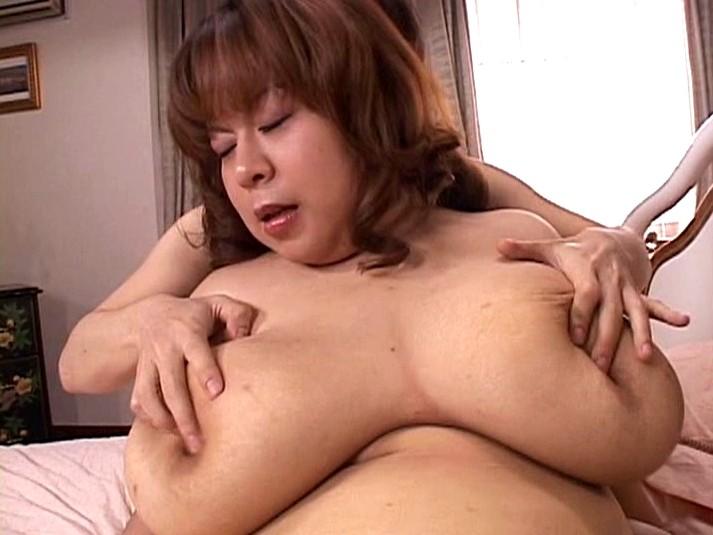 Yuka osawa drinking sperm