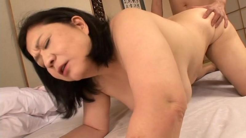 豊満爆乳妻中出し 愛田正子 53歳 画像19