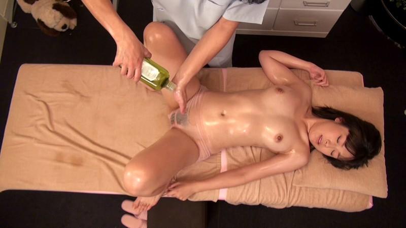 【女子校生 マッサージ】スレンダーでエロい巨乳の女子校生JKの、エステ中出しローションプレイエロ動画。エロい体してます!