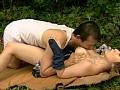乳房を吸う中年男 おっぱいフェチ