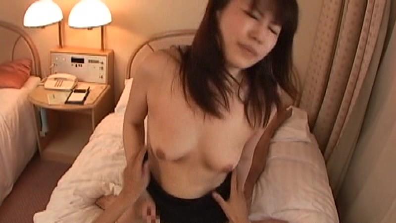 セックス狂いの熟女たち私チ○ポが大好きです 私のぐちょぐちょになったおまん○に太くて固い一物ぶち込んでのサンプル画像