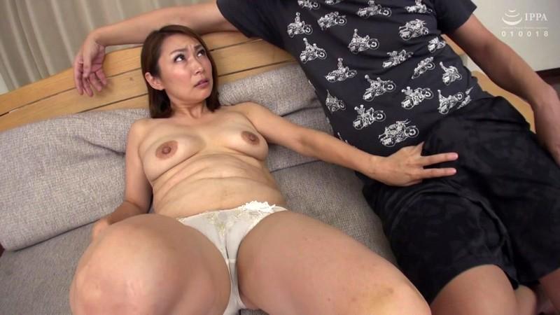 欲求不満!旦那とのセックスに満足していない肉食願望の素人妻たち2 313分1