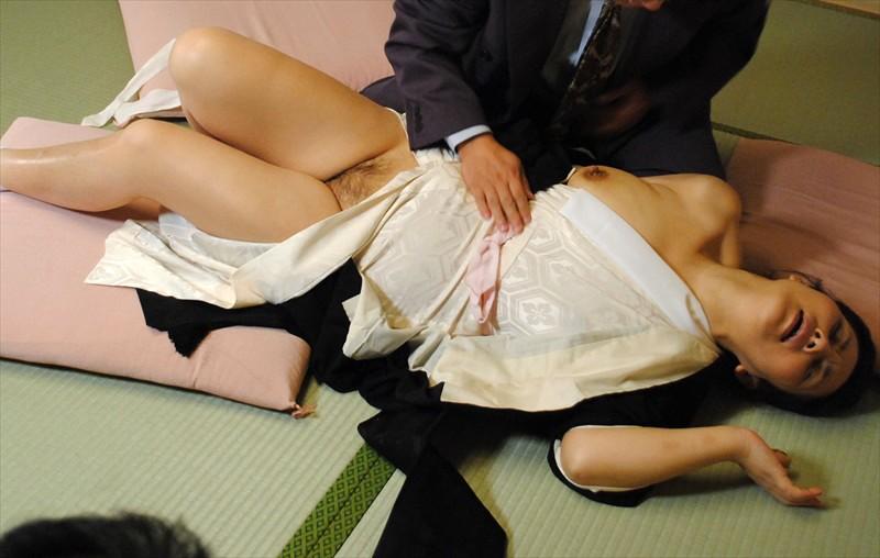 昭和元禄人妻エレジー 借金取りに尻穴まで覗かれ 犯●れ棄てられた女たちの恥辱