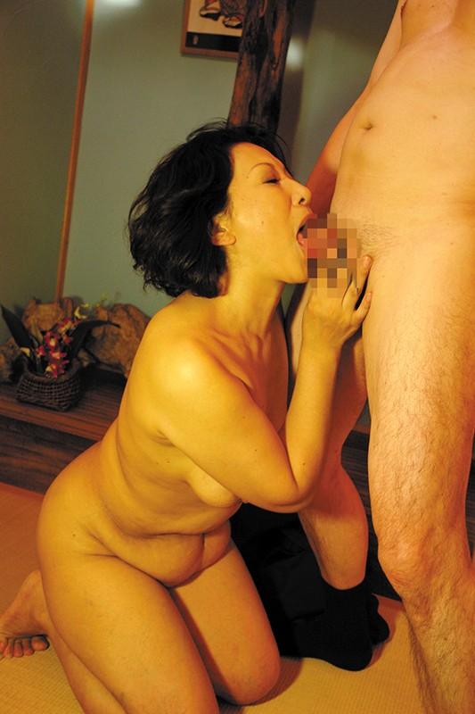 五十路六十路 長年連れ添った中高年夫婦が再び燃え上がる濃厚な接吻と絡み合う性交6人4時間サンプルF2