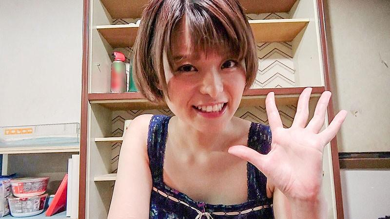 Y●uTuberの彼女は一ヶ月で一万円生活を始めてみたがエロ過ぎて配信出来ない動画を次々と撮影してしまう 月乃ルナ 4枚目