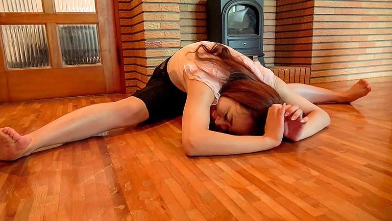 クラシックバレエ歴12年 弾ける笑顔のお嬢様 紗倉ひなの 31歳 AVデビュー 4枚目