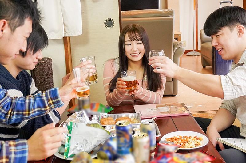 成人祝いの飲み会でほろ酔い気分の女友達とたくさんえっちした記録 姫咲はな1