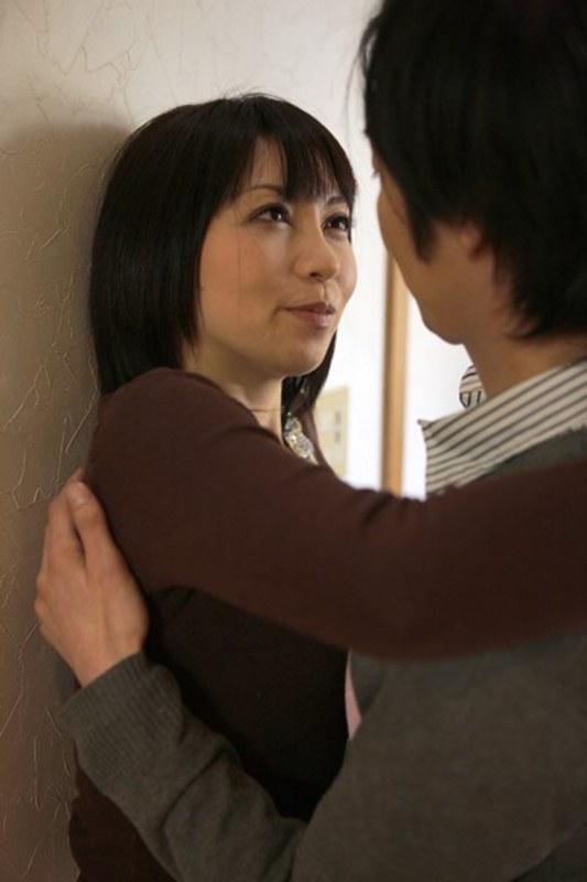 [iteminfo_actress_name] ピンク映画 ch、熟女、義母、Vシネマ 義母なのにイッてしまった3人の熟女 無理ヤリの禁断関係