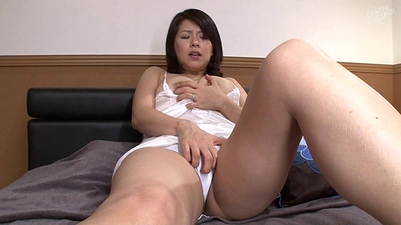 笹山希38歳 GOLD BEST 10作品30シーン8時間 画像2