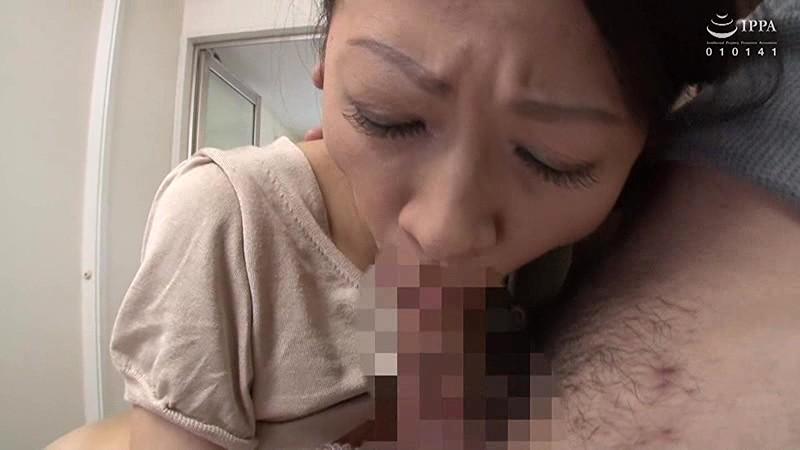 完熟お母さんの口ま●こ〜どぴゅっと口内ぶっかけ!!〜 30人4時間 画像1