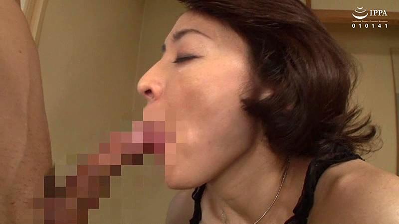 完熟お母さんの口ま●こ〜どぴゅっと口内ぶっかけ!!〜 30人4時間 画像18