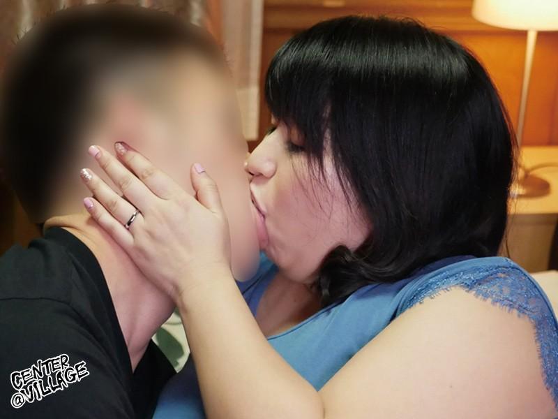 「あなた…許して」私、夫がお風呂に入っている15分の間、いつも息子に抱かれています 折原ゆかり