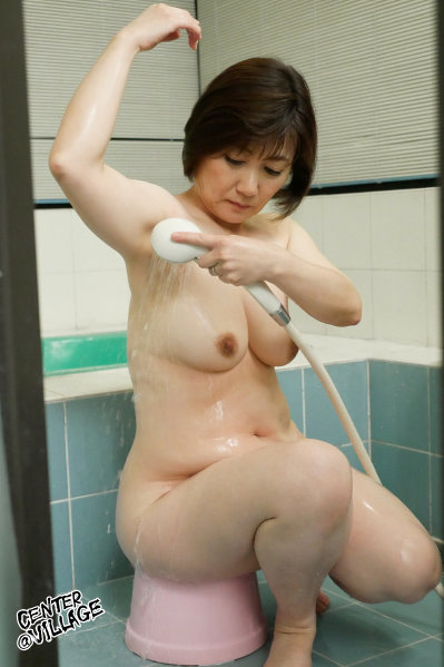 濡れそぼる、母の乳房を、見ていたら。 高松かおり 2
