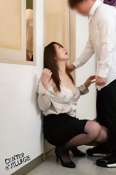 声が出せない絶頂授業で10倍濡れる人妻教師 翔田千里5