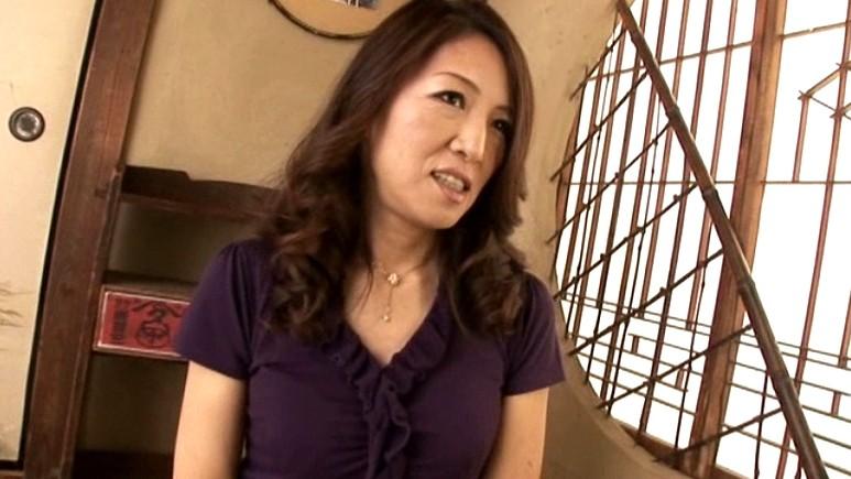 初撮り五十路妻ドキュメント 河合律子