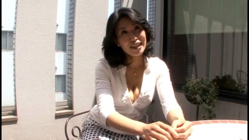 初撮り人妻ドキュメント 名取美知子 画像1