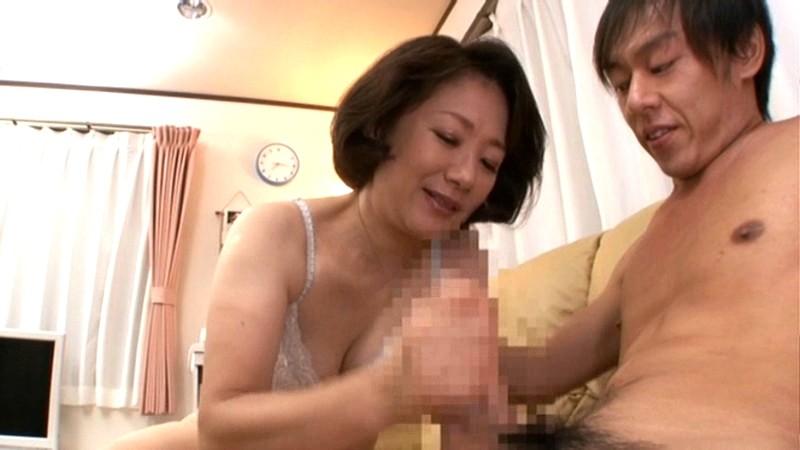 初撮り五十路妻ドキュメント 波木薫