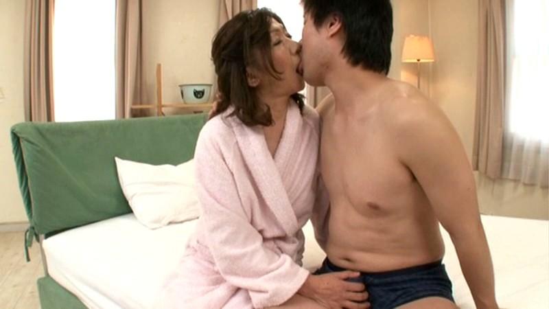 初撮り五十路妻ドキュメント 小田原信子