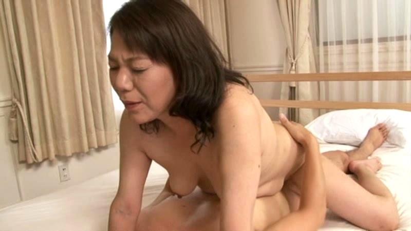 初撮り五十路妻ドキュメント 瀬川京子