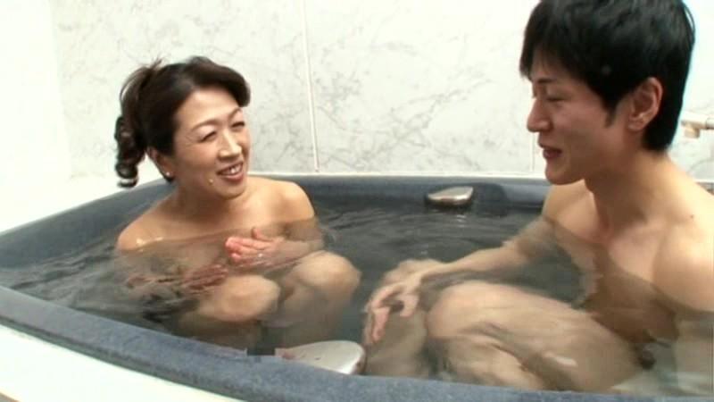 初撮り五十路妻ドキュメント 相川椿