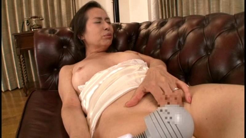 初撮り六十路妻ドキュメント 東條志乃|無料エロ画像12